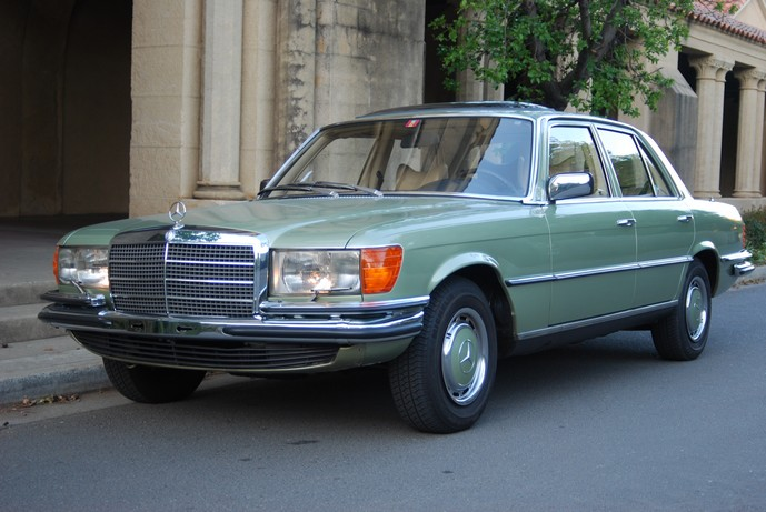 1975 mercedes 280 se european model the motoring enthusiast. Black Bedroom Furniture Sets. Home Design Ideas
