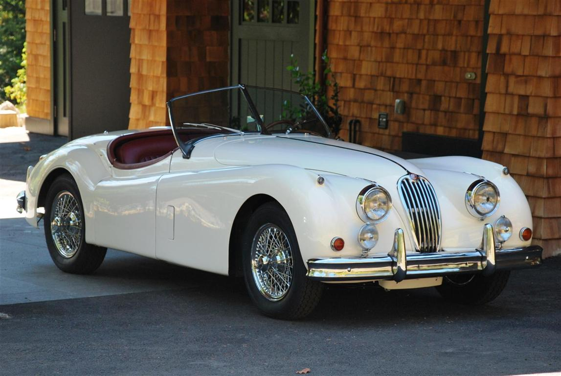 Attractive 1956 Jaguar XK140 SE Roadster OTS For Sale