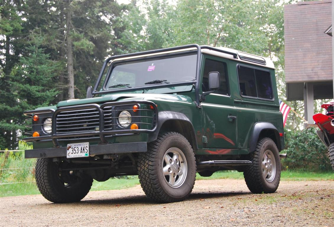 1995 land rover defender 90 station wagon for sale the motoring enthusiast. Black Bedroom Furniture Sets. Home Design Ideas