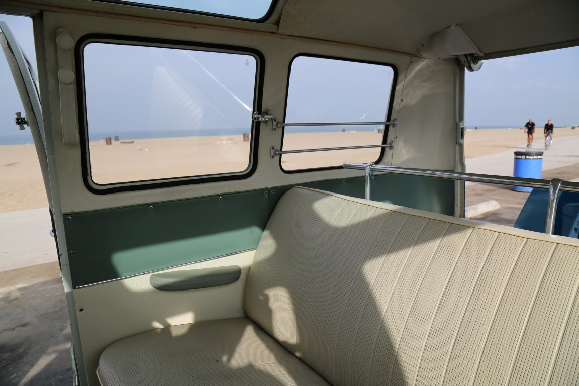1967 volkswagen 21-window deluxe microbus for sale